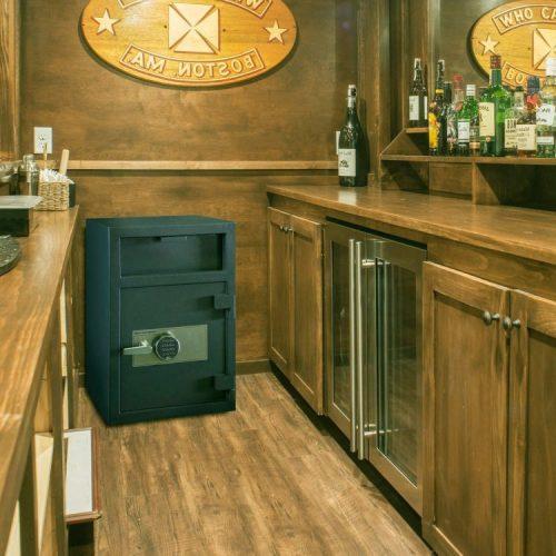 fd3020e-bar-scene