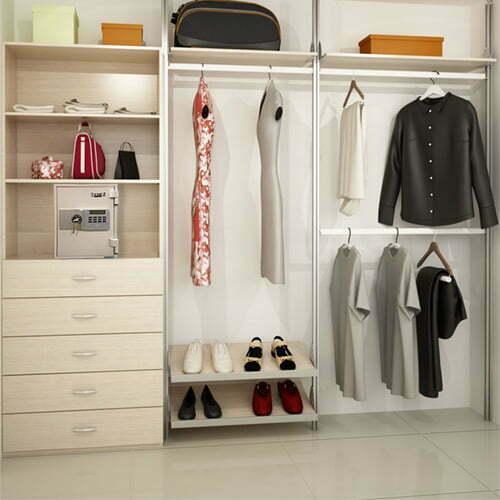 1-hre-closet-web-pic